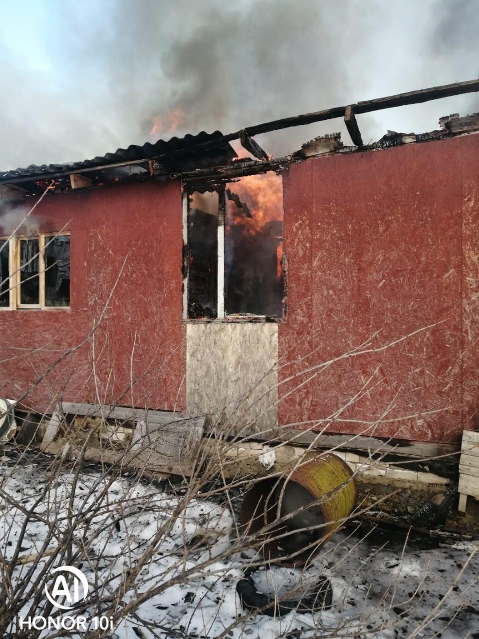 В Тверской области помогут семьям, у которых сгорели дома