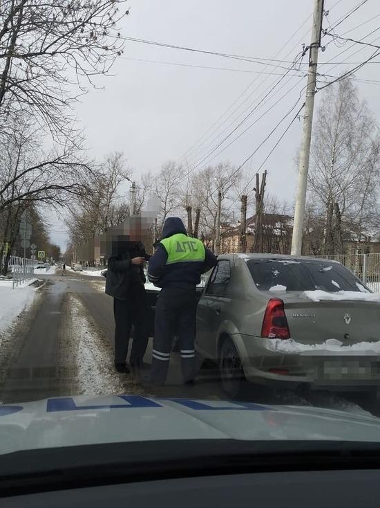 В Твери остановили пьяного водителя, выезжавшего со двора
