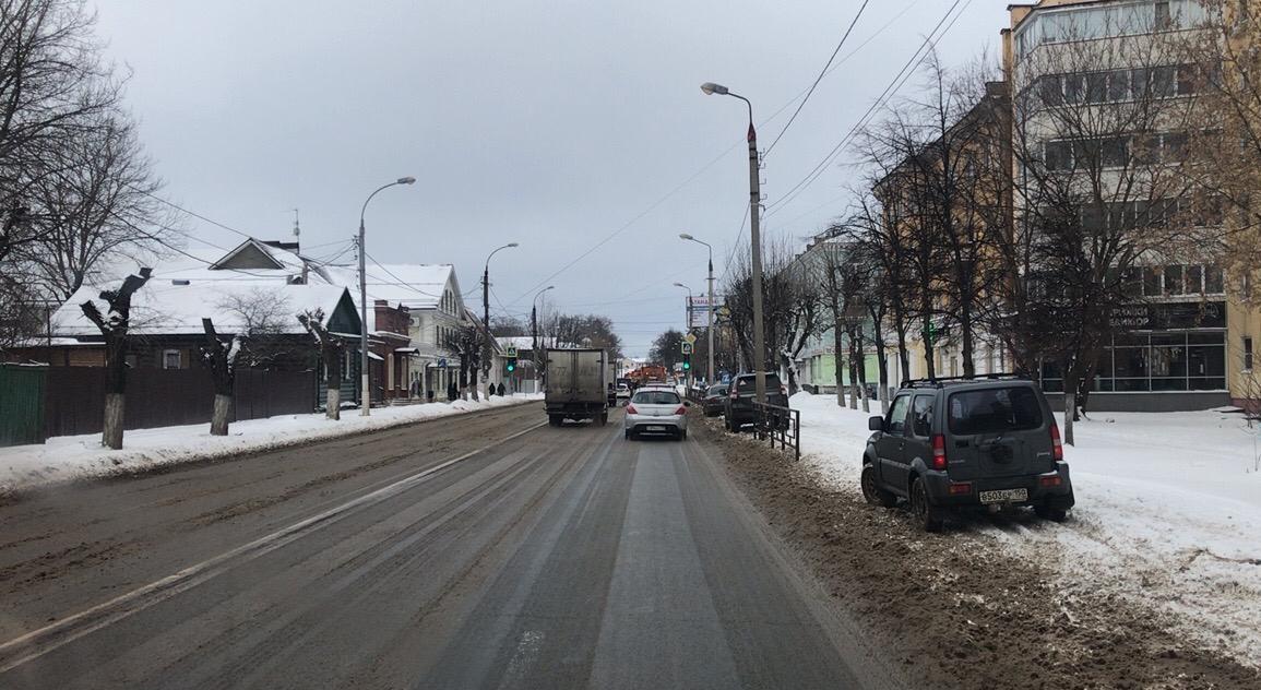 Тверские дороги в усиленном режиме расчищают от снега