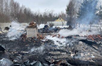Тело пожилой женщины нашли в сгоревшем доме в Тверской области
