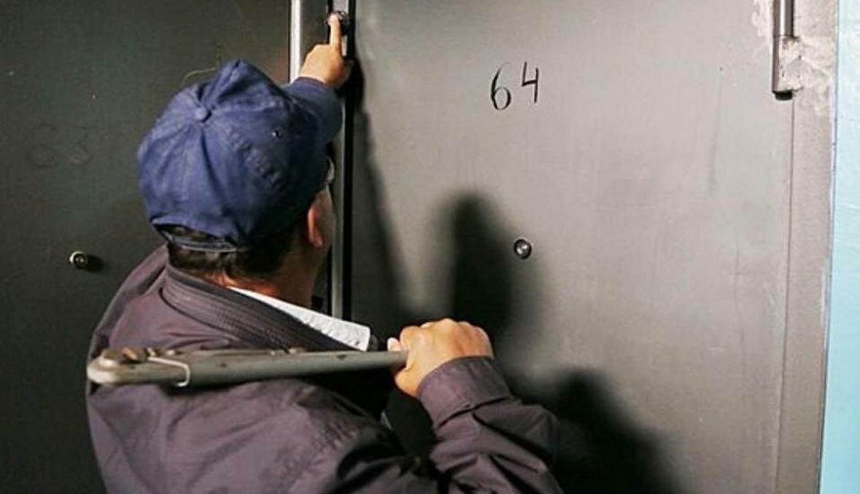 Один «сантехник» ограбил почти половину Тверской области