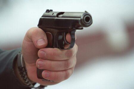 В Твери парень пришёл на закладку марихуаны с пистолетом