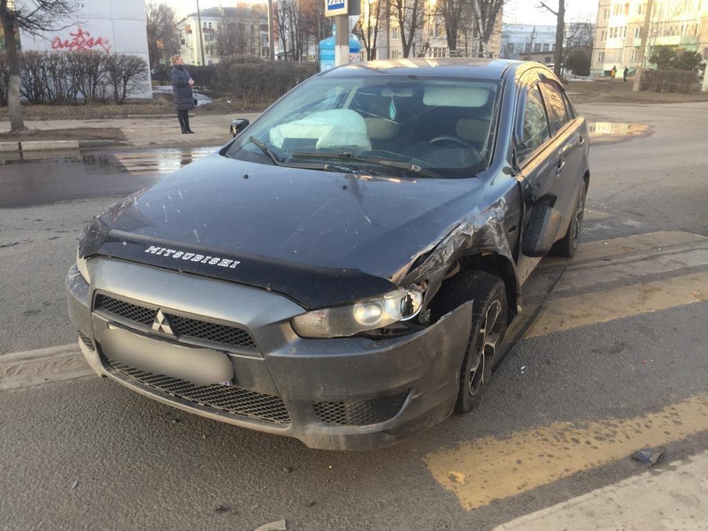 В Твери женщина пострадала из-за водителя, которого ослепило солнце