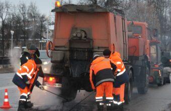 Дороги в Твери будут ремонтировать только днём