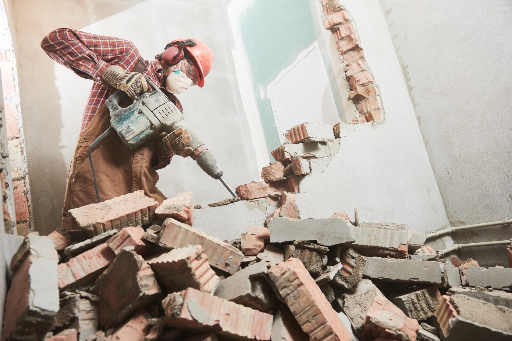 Жительница Тверской области добилась, чтобы реконструкцию квартиры признали законной