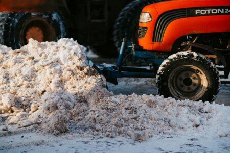 На плохие дороги в Тверской области можно пожаловаться на горячую линию