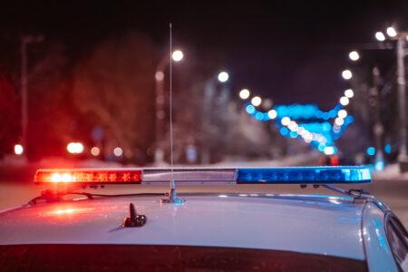 Пенсионер на ВАЗе протаранил столб в Тверской области