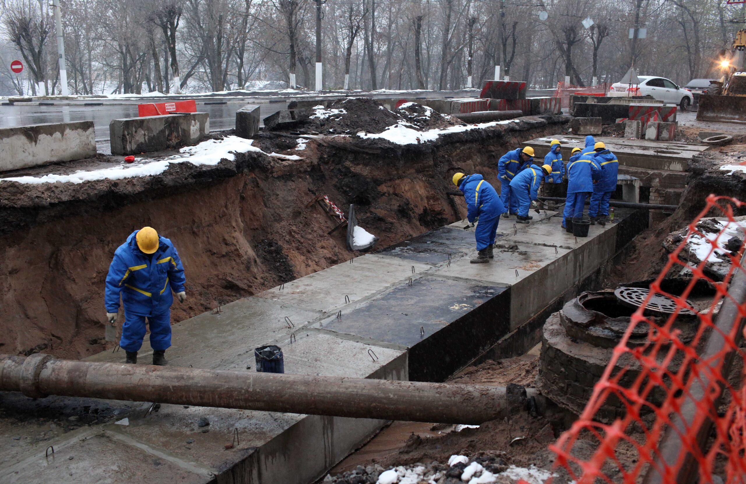 В Твери из-за утечек 4 марта горячую воду и отопление отключат на восьми участках