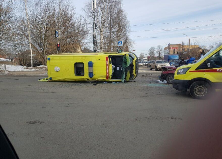 Врачи рассказали о состоянии пострадавших в ДТП со скорой в Твери