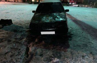Ночью в Тверской области сгорел автомобиль