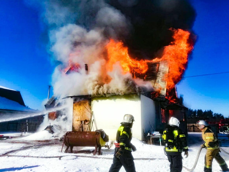 Жилой дом сгорел дотла в Тверской области
