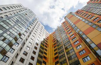 Прокуратура ускорила капитальный ремонт почти 300 домов в центре Твери