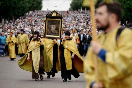 Губернатор решил вопрос безопасности участников крестного хода в Тверской области