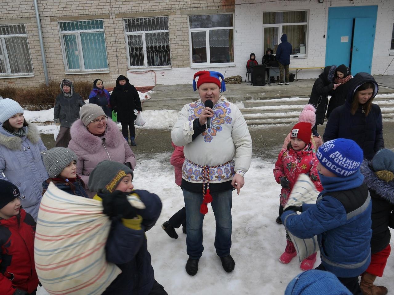 Волонтеры устроили детям из интерната под Тверью настоящую сказку