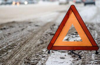 Легковушки не поделили перекрёсток в Тверской области: есть пострадавший