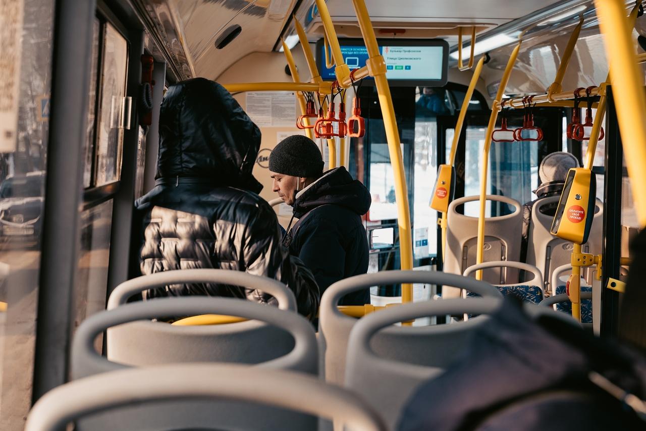 Автобусы вернулись на маршруты после ремонта коллектора в Твери