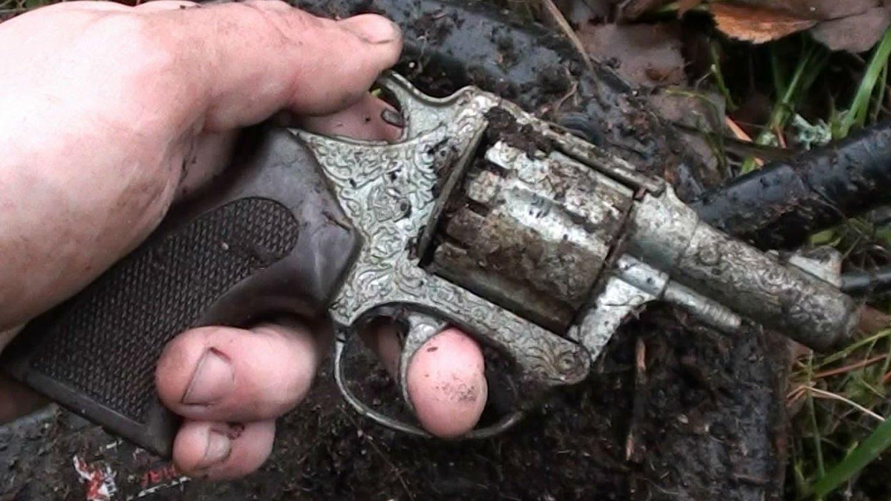 Спустя 7 лет тверские полицейские всё-таки пришли к коллекционеру оружия