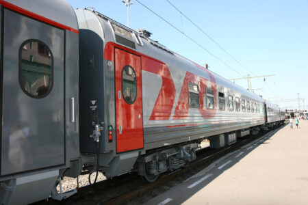 На майских праздниках через Тверскую область пустят дополнительные поезда