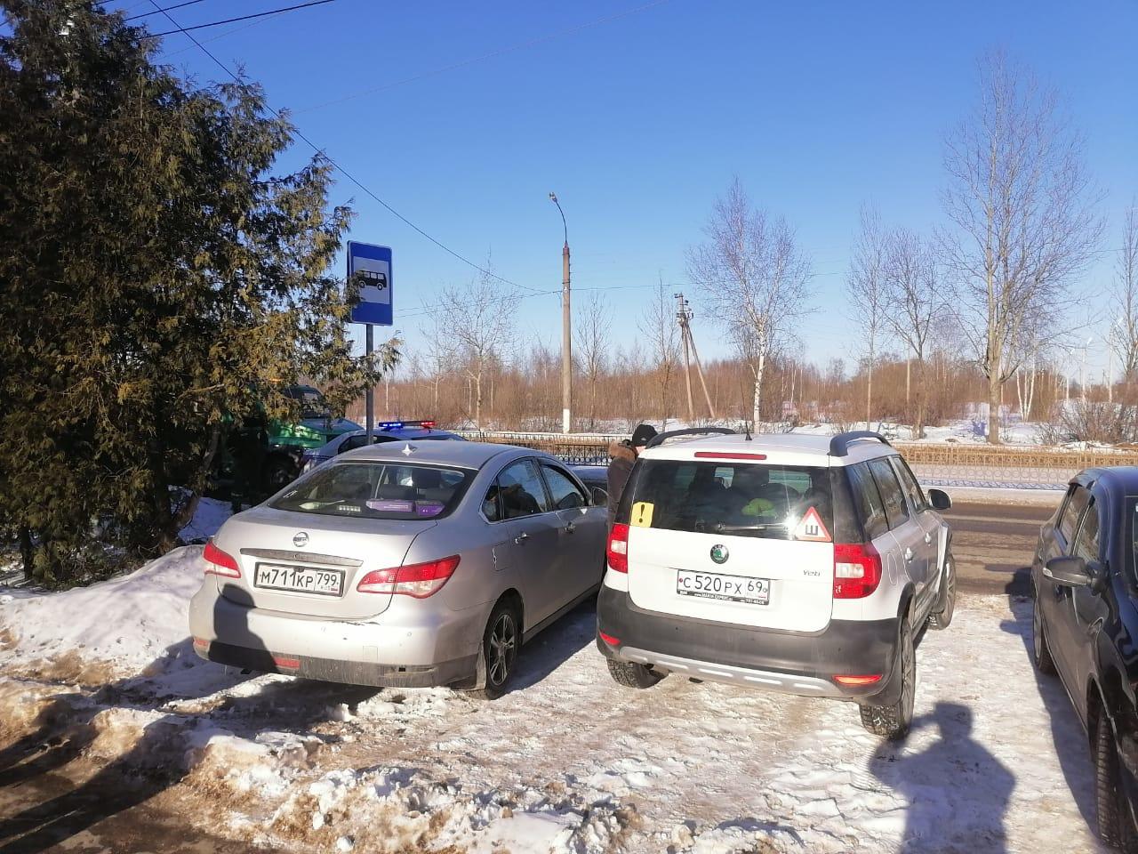 Любителей парковаться на автобусных остановках в Твери ждут штрафы