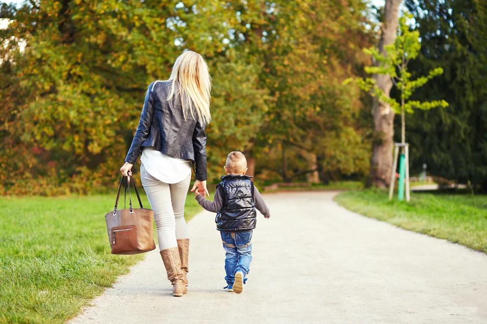 В Тверской области детям из неполных семей назначат дополнительную выплату