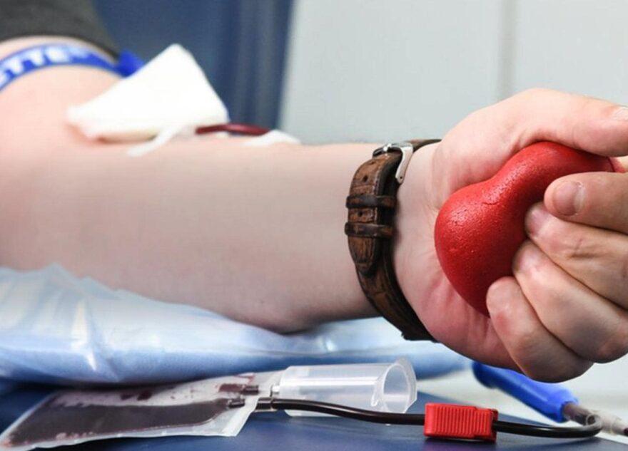 Жителям Твери предлагают пожертвовать свою кровь