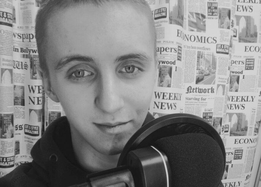Пианист из Тверской области написал музыку к коронавирусу