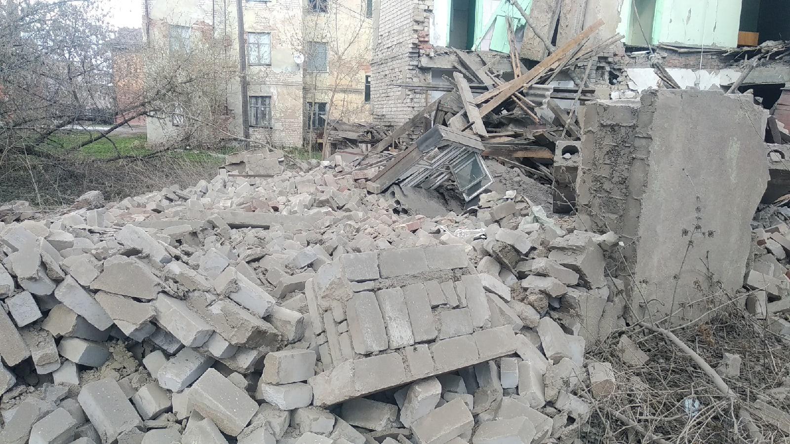 Власти Ржева рассказали подробности о рухнувшей стене общежития в Тверской области