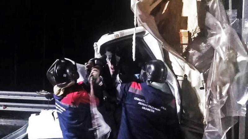 Ночью на трассе М-11 погиб водитель «Газели» из Тверской области