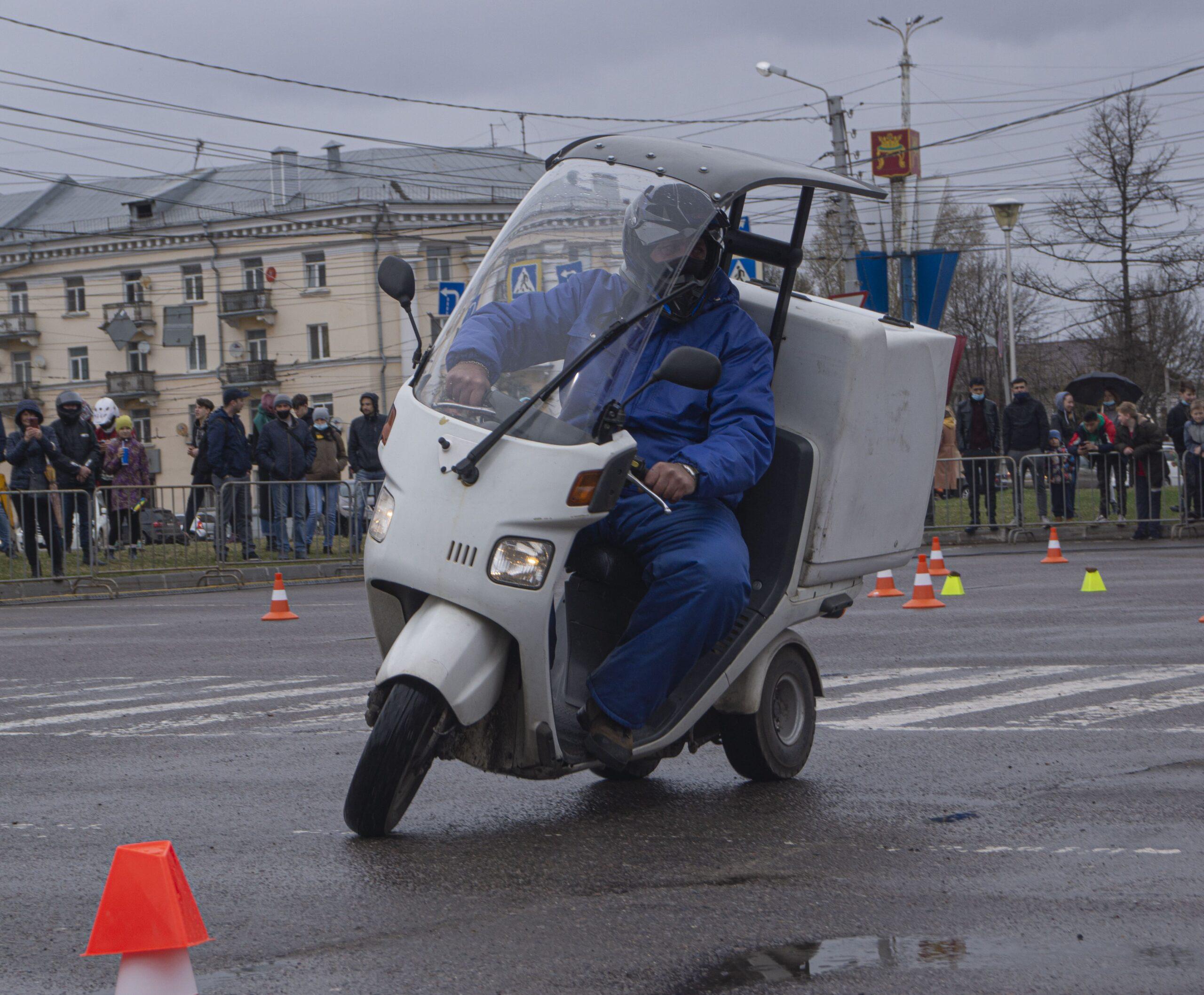 В Твери торжественным проездом по городу открылся мотосезон