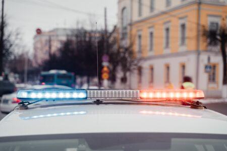 В Твери разыскали водителя, который сбил девочку-нарушительницу