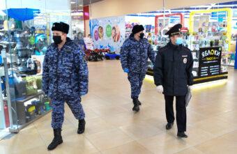 Коронавирус из Тверской области уходит, а маски и штрафы остаются
