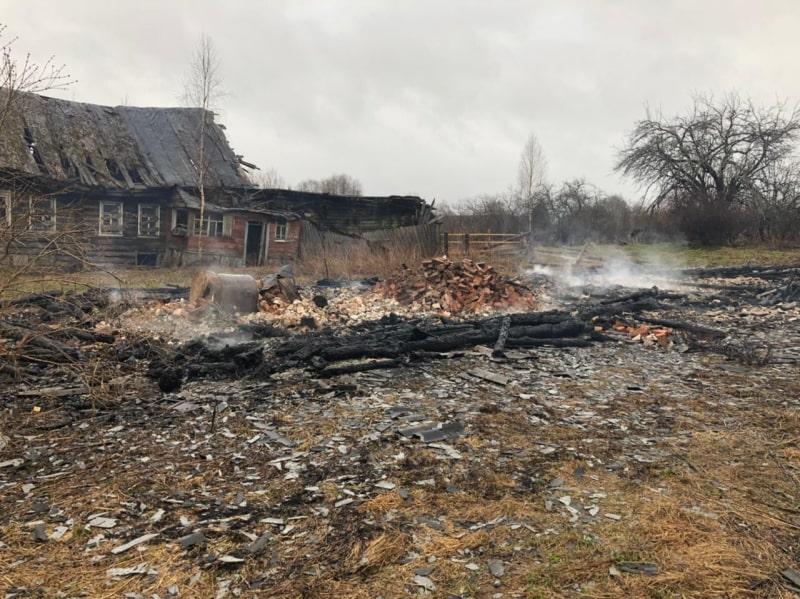 В сгоревшем доме в Тверской области нашли тело мужчины