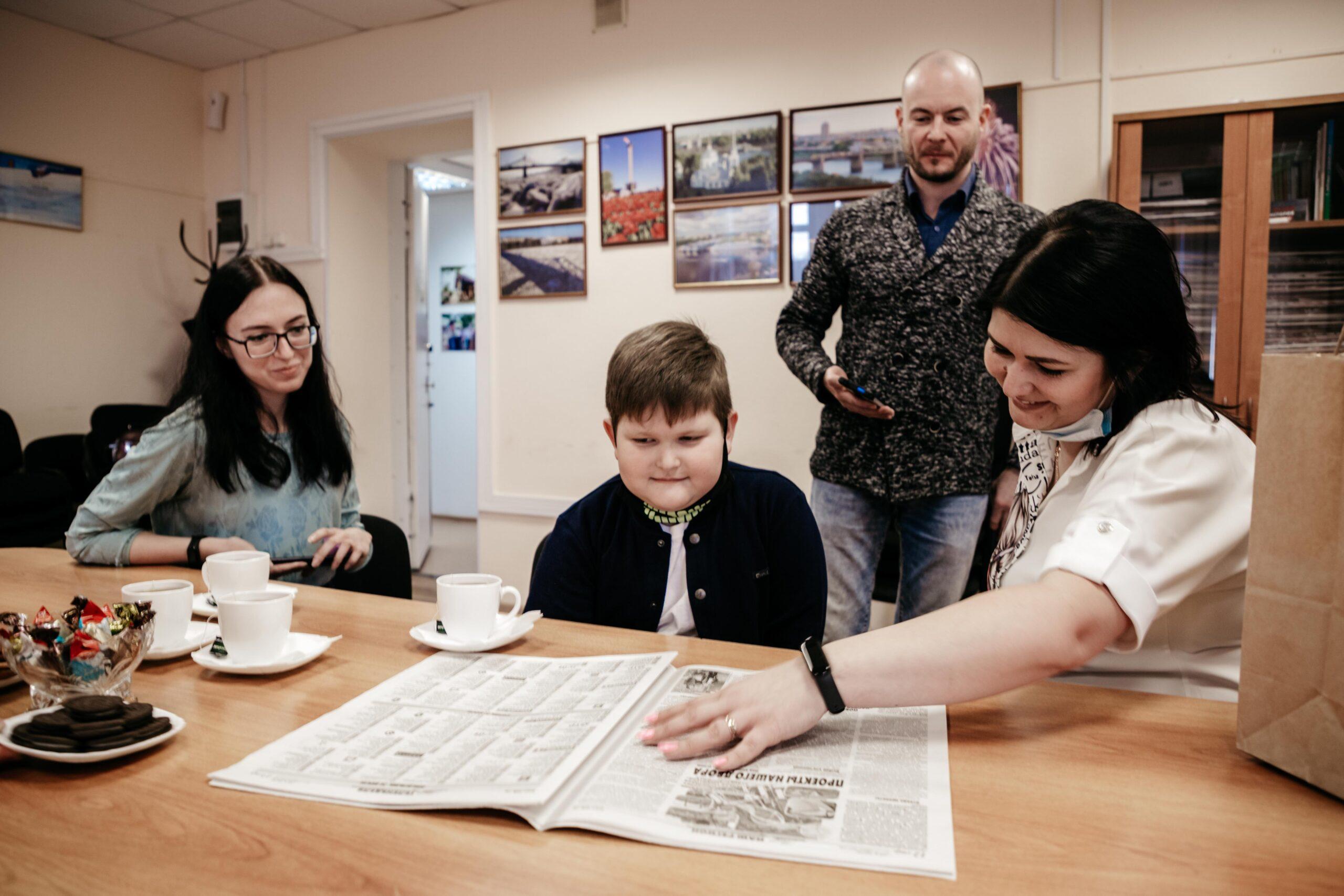 Космический мальчик: победитель конкурса к Дню космонавтики получил призы от РИА Верхневолжье