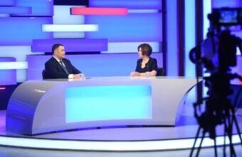 Инвесторы, дороги и футбол: Игорь Руденя вышел в прямой эфир