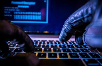На банковские счета жителей Тверской области готовится кибератака