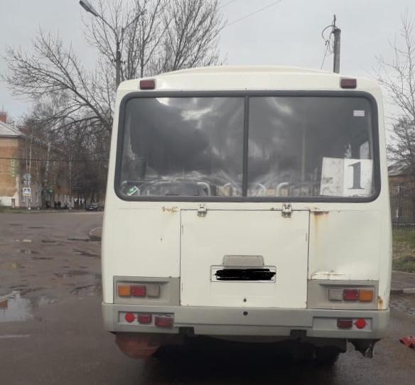 Женщина погибла под колёсами автобуса в Тверской области
