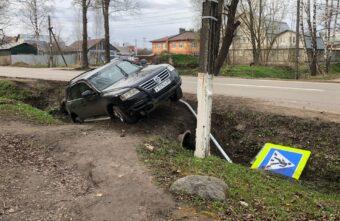 Пьяного «в хлам» водителя автомобиля «Фольксваген Туарег» задержали в Твери
