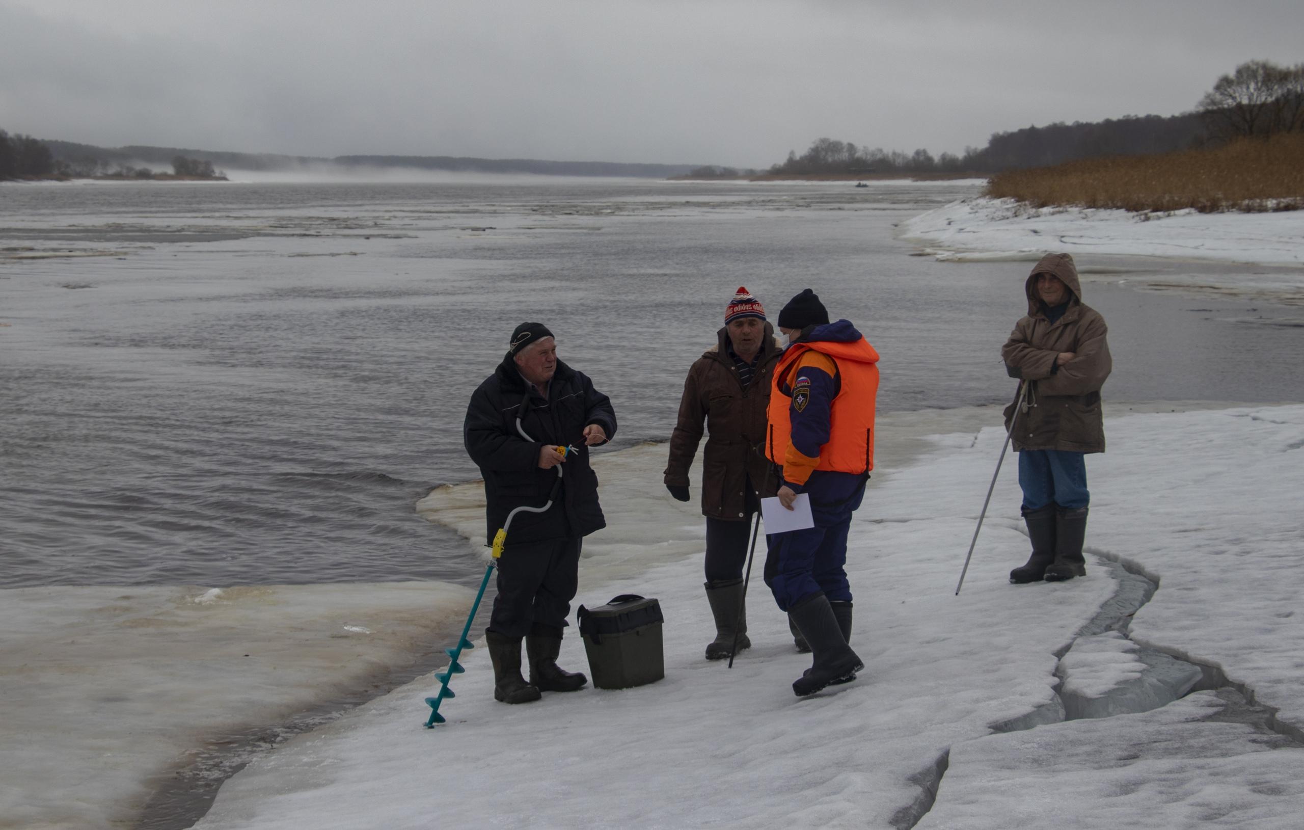 Жители Тверской области выясняют в соцсетях, сколько стоит жизнь рыбака