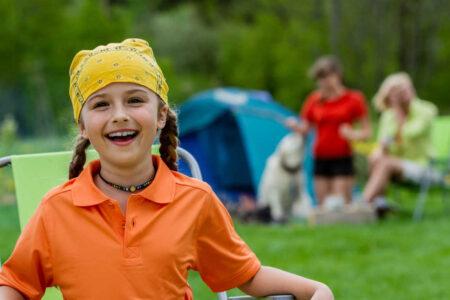 С 22 апреля в Твери можно бронировать путёвки в детские лагеря