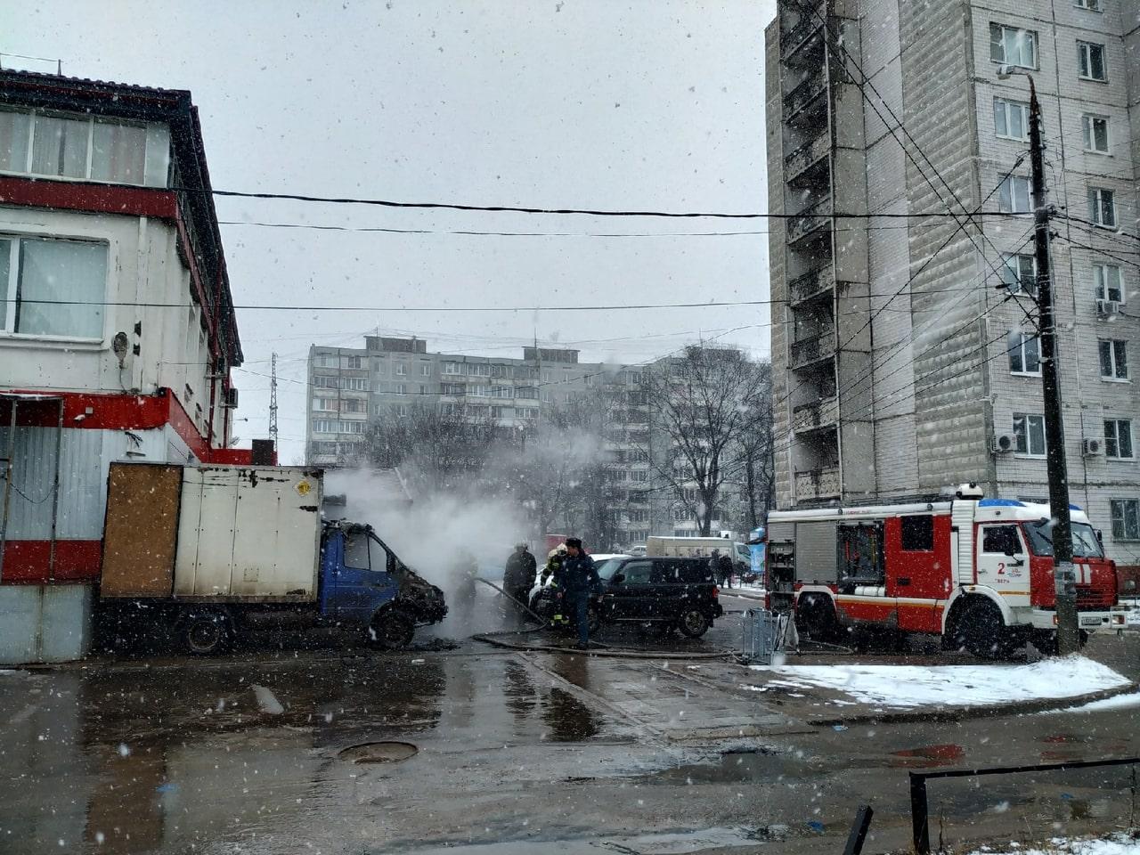 На бульваре Ногина в Твери сгорела ГАЗель