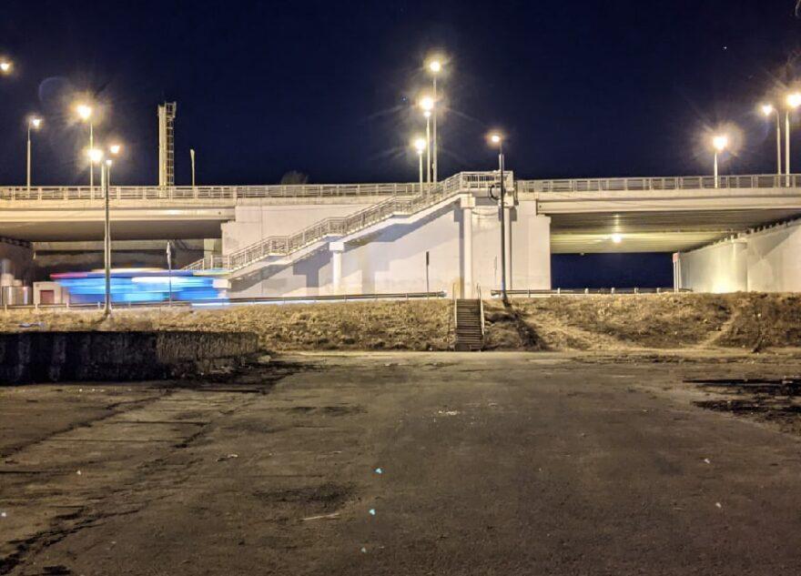 Жители Твери рискуют провалиться в открытые канализационные люки