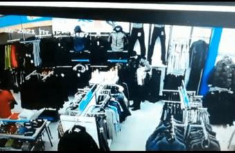 Петербуржец, обокравший спортивный магазин в Твери, попал на запись с камеры видеонаблюдения