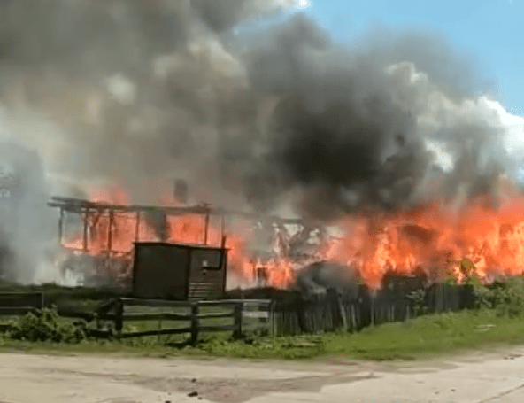 Обгоревший труп мужчины нашли при тушении пожара в Тверской области
