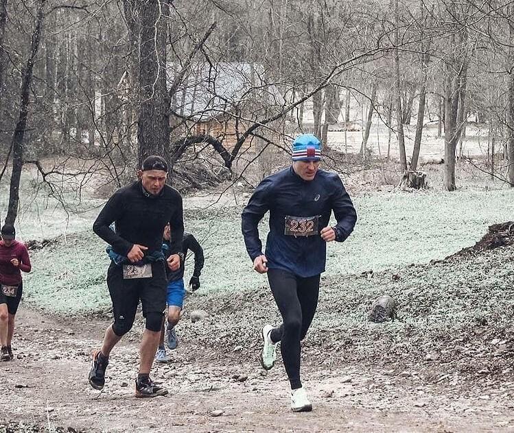 Тверской тренер Антон Царьков пробегает в день по 40 километров