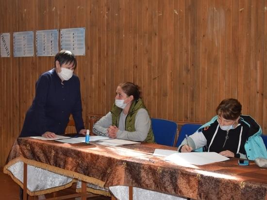 В Оленино Тверской области работают шесть участков предварительного голосования
