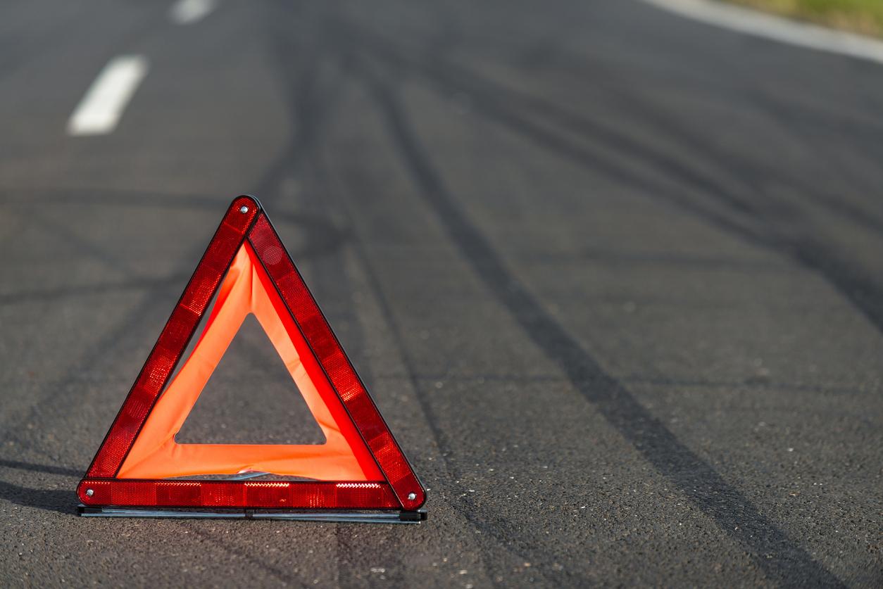 Под Тверью водитель ВАЗа сбил мотоциклиста и скрылся с места ДТП