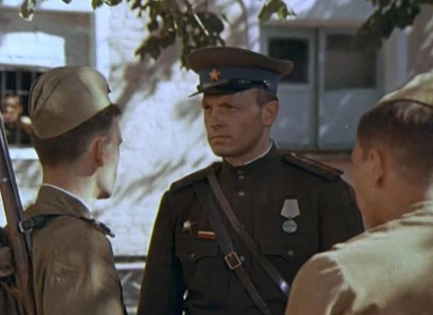 От мюзиклов до философских притч: редкие фильмы о войне, которые стоит посмотреть 9 Мая