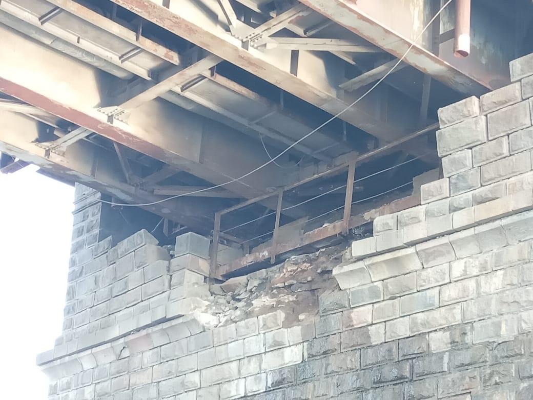 В Твери частично обрушилась опора Старого моста