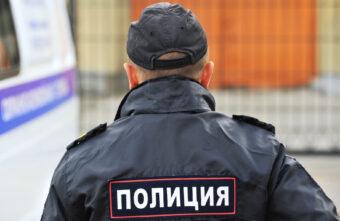 Девушка из салона связи в Тверской области обманывала покупателей