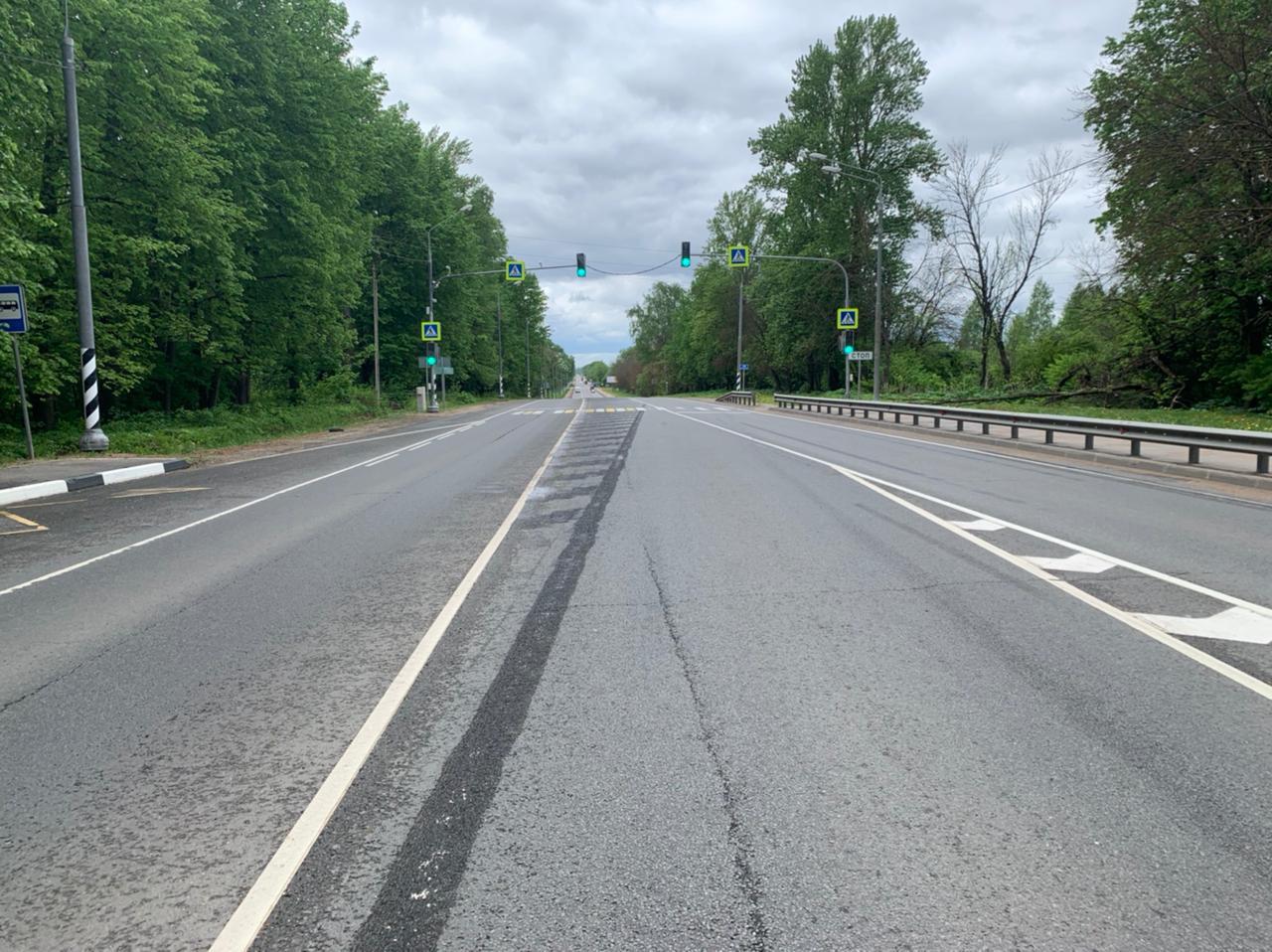 При съезде с транспортной развязки на М-10 в сторону Твери меняется схема движения